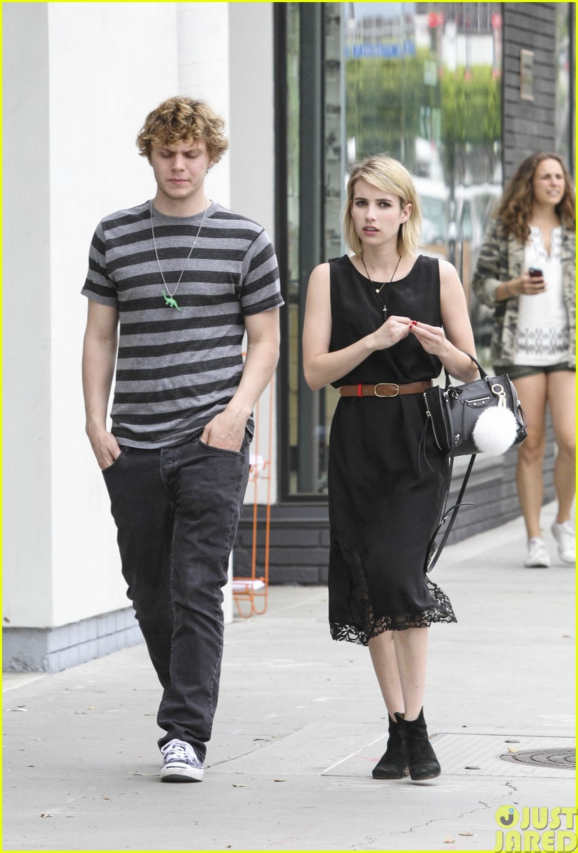 emma roberts evan peters spf sunscreen summer043122062