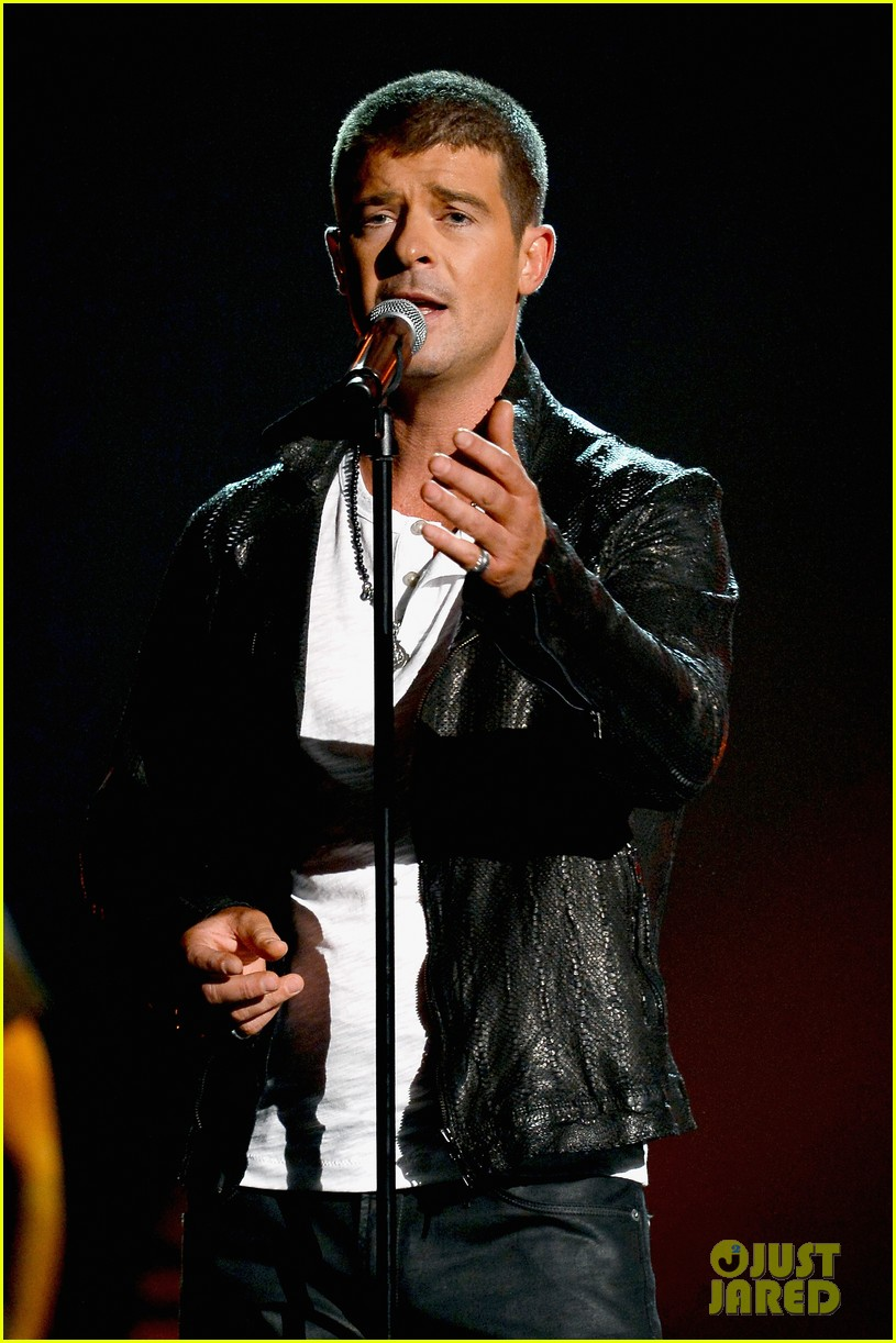 robin thicke get her back billboard music awards 2014 033116967