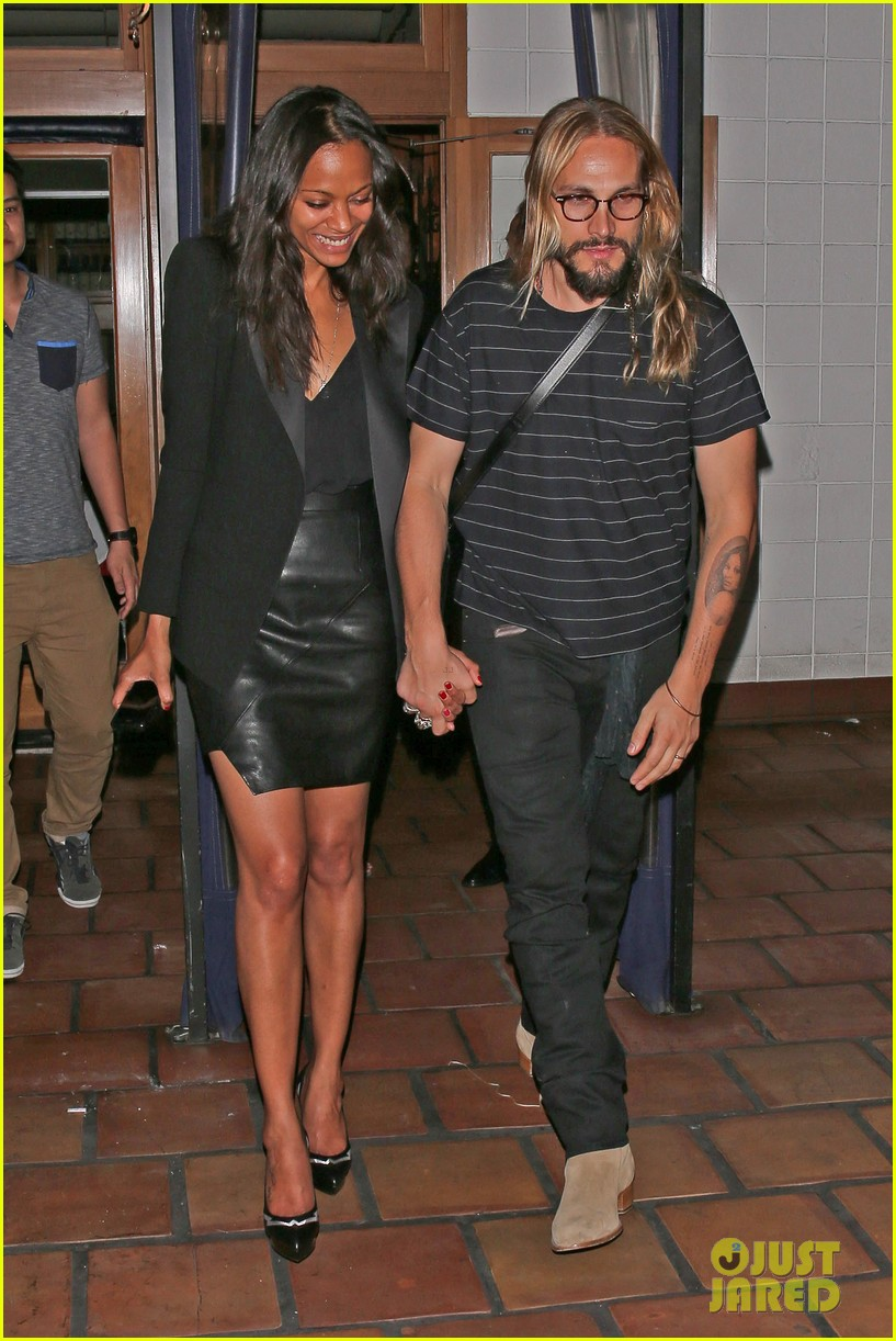zoe saldana cannot contain her giggles out with marco perego 063105238