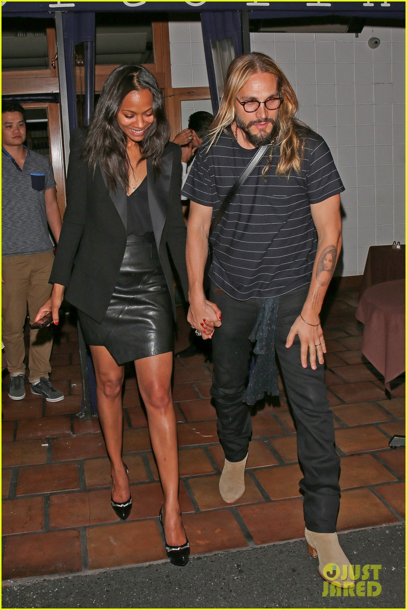 zoe saldana cannot contain her giggles out with marco perego 093105241