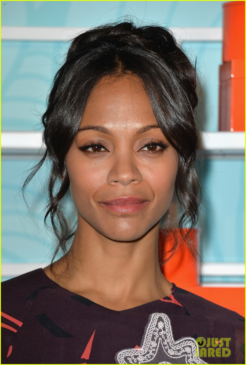 zoe saldana honored at the step up inspiration awards 14