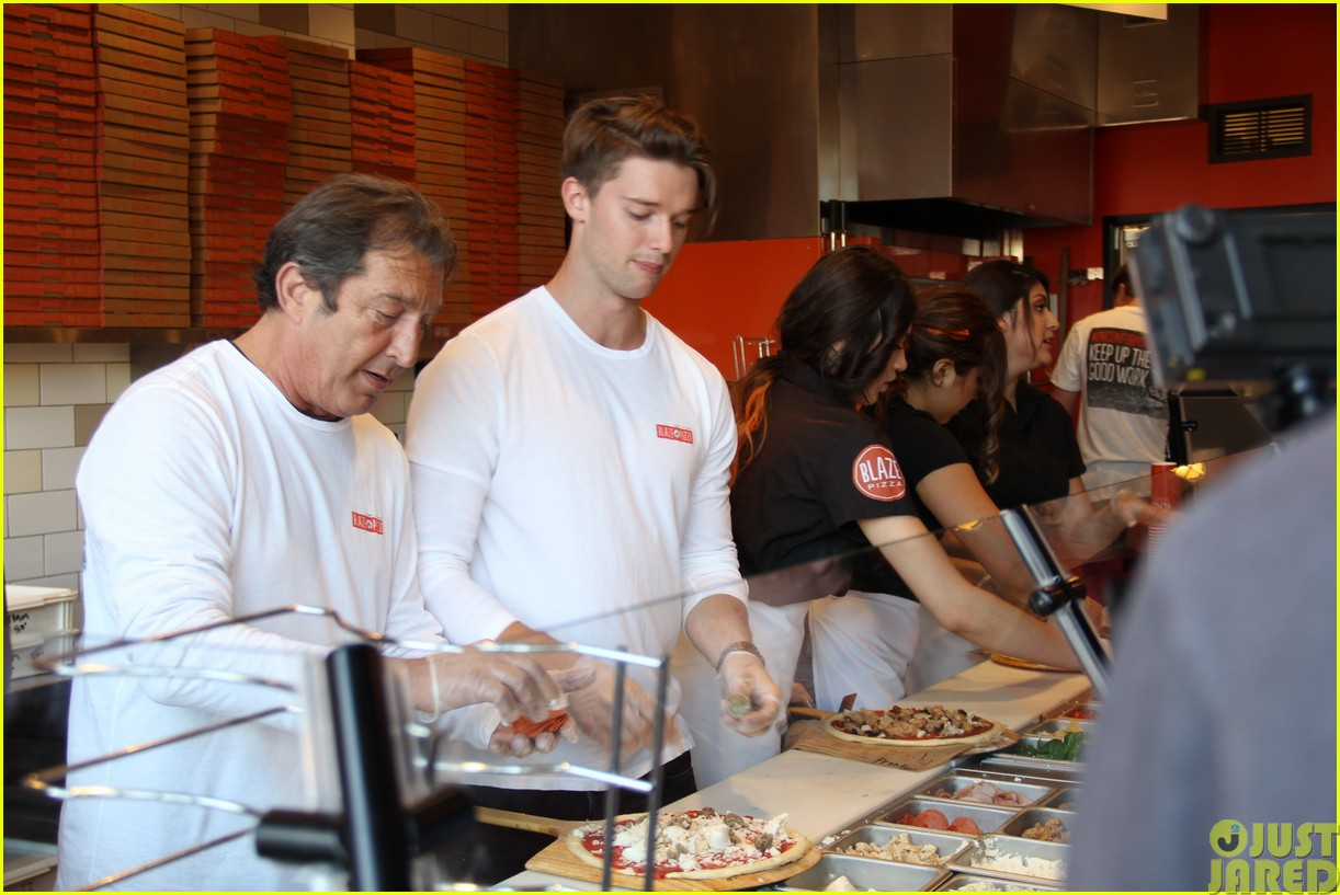 patrick schwarzenegger celebrates the opening of blaze pizza with family and friends093121537