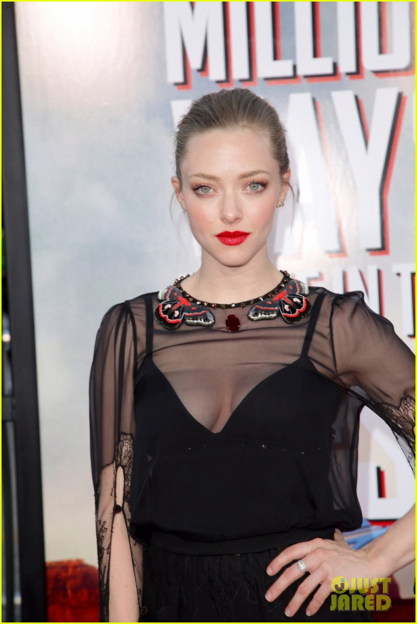 amanda seyfried million ways to die in the west premiere 063114781
