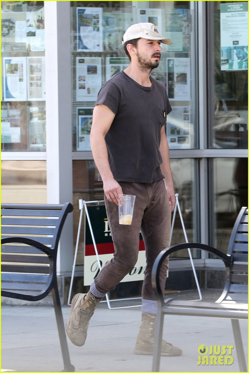 shia labeouf gives us a quick peek at his bare torso 203103006
