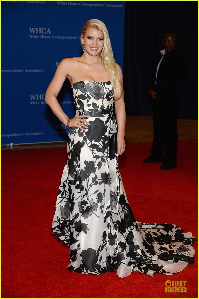 jessica simpson eric johnson white house correspondents dinner 2014 013104630