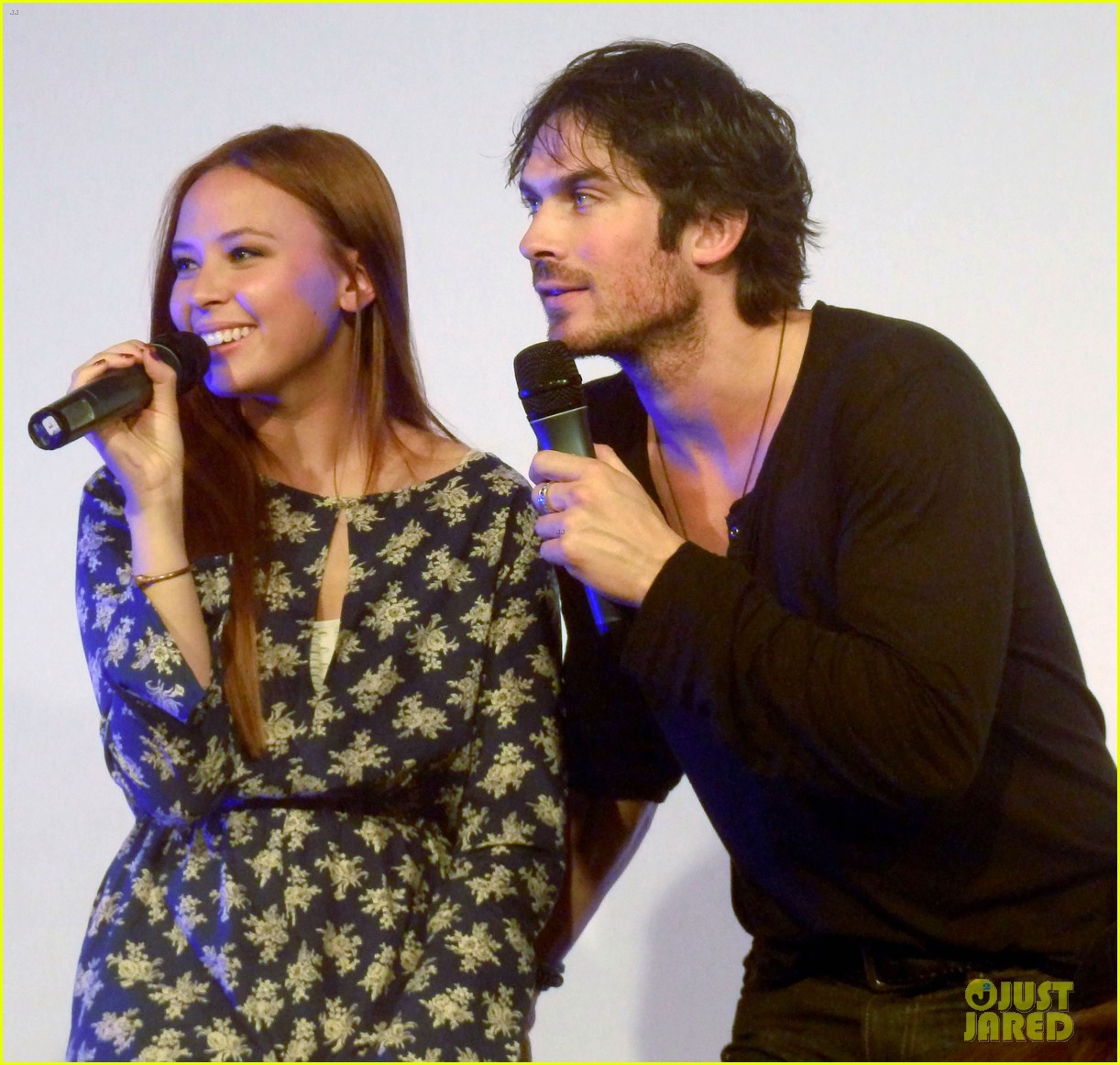 ian somerhalder entertains crowd another day of bloody con 123116062