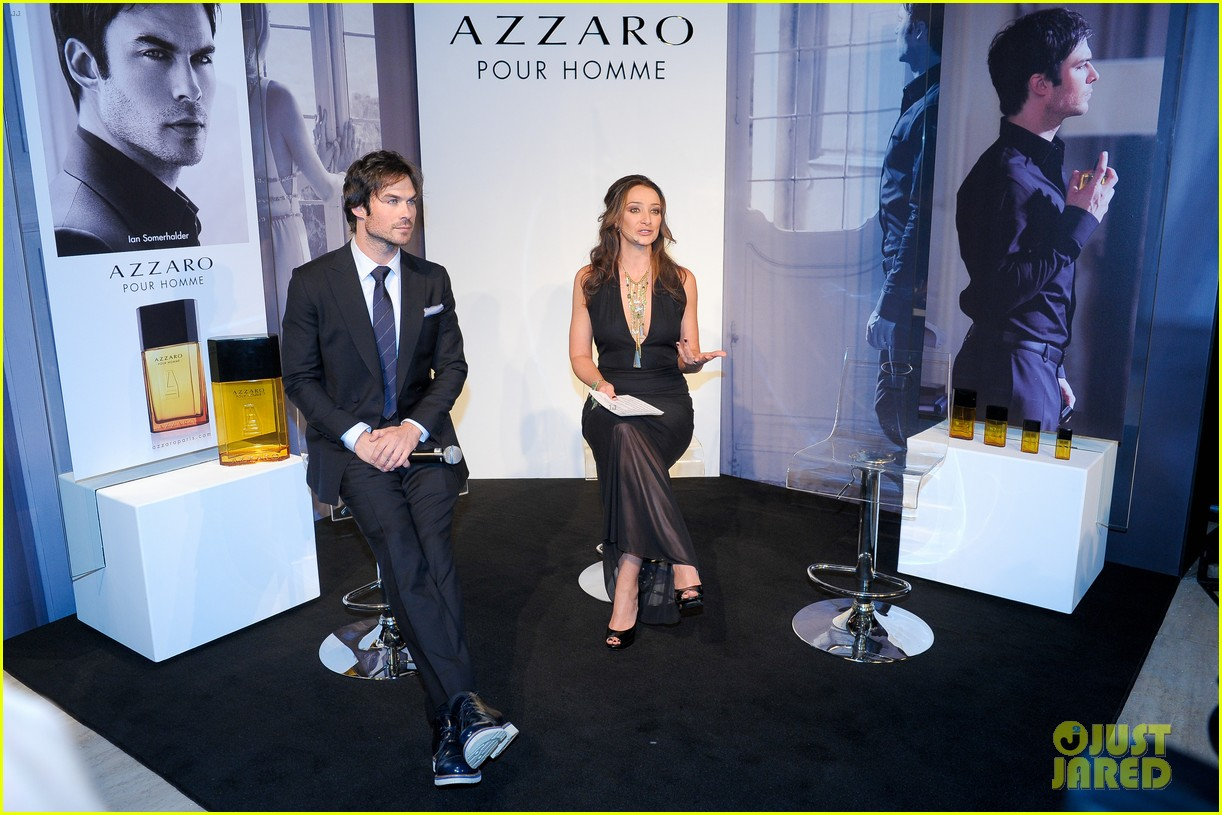 ian somerhalder looks super sexy in his suit and tie 253113780