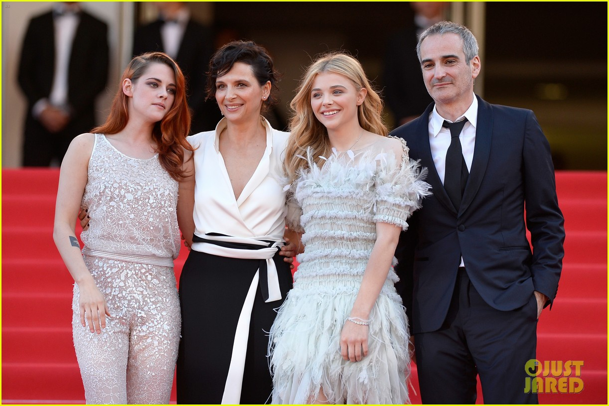 kristen stewart chloe moretz are chanel chic at cannes sils maria premiere 153120599