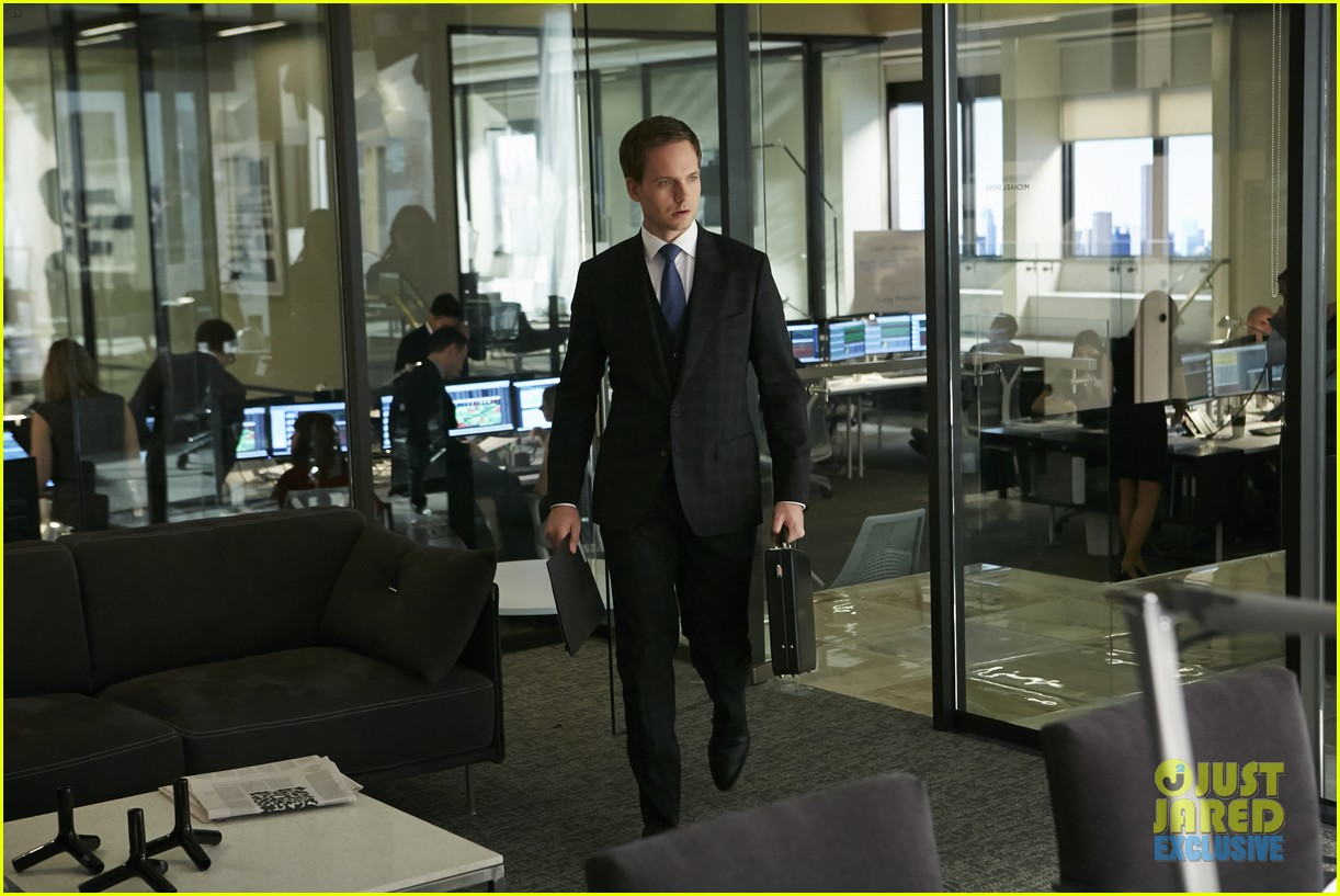 suits season 4 premiere photos exclusive mike new job 083117828