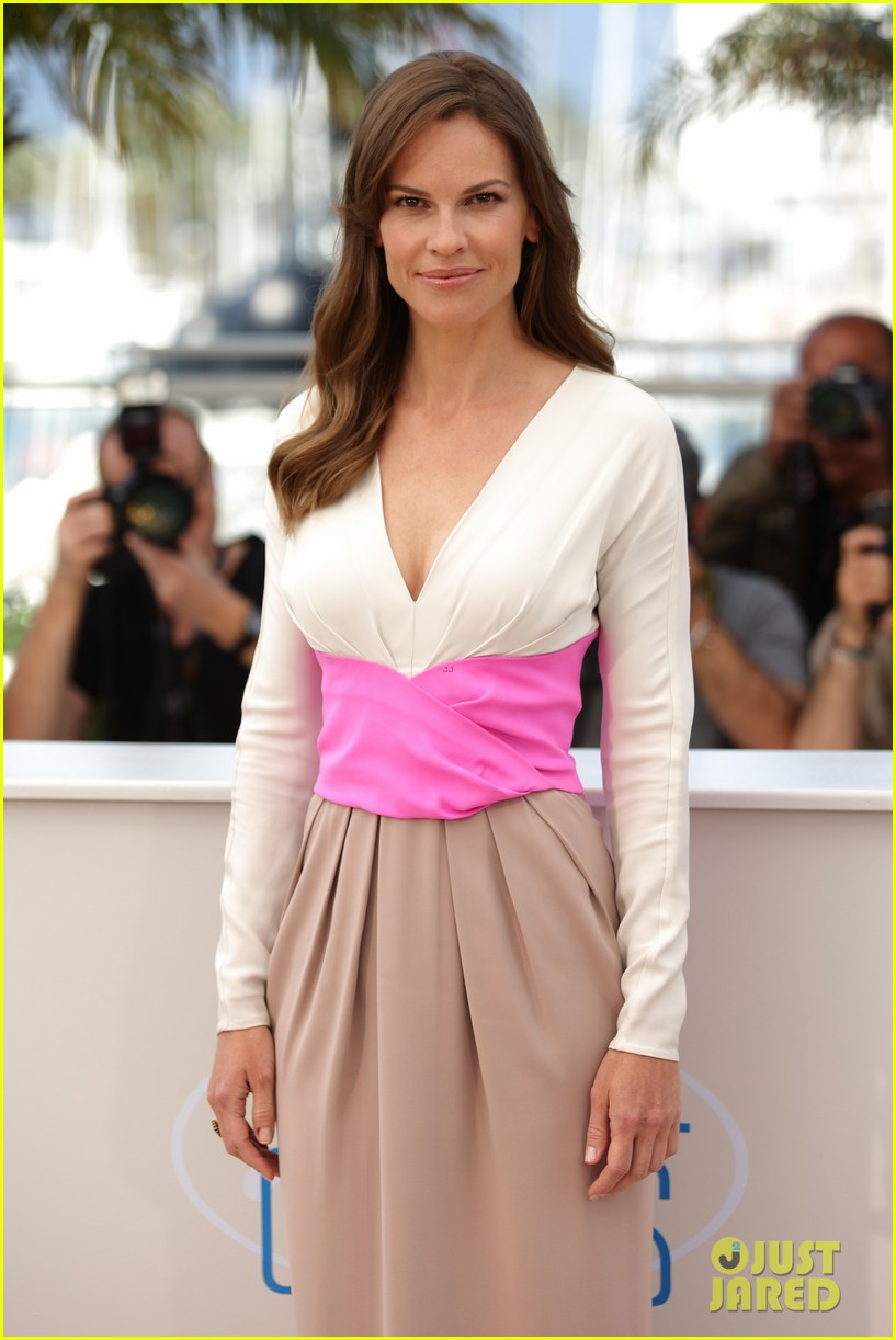 hilary swank the homesman premiere photo call cannes 25