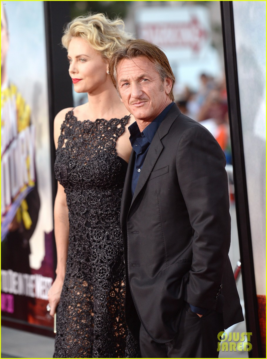 charlize theron sean penn million ways to die premiere 153114635