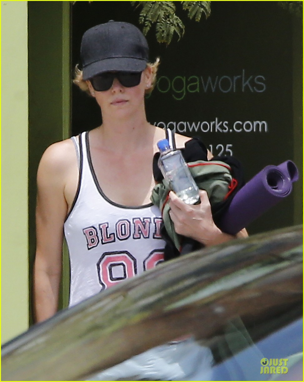 charlize theron gluten free diet is bs 02