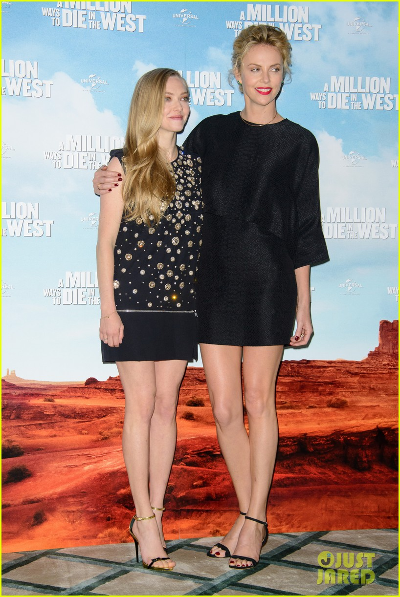 charlize theron amanda seyfried display long legs a million ways photo call 15