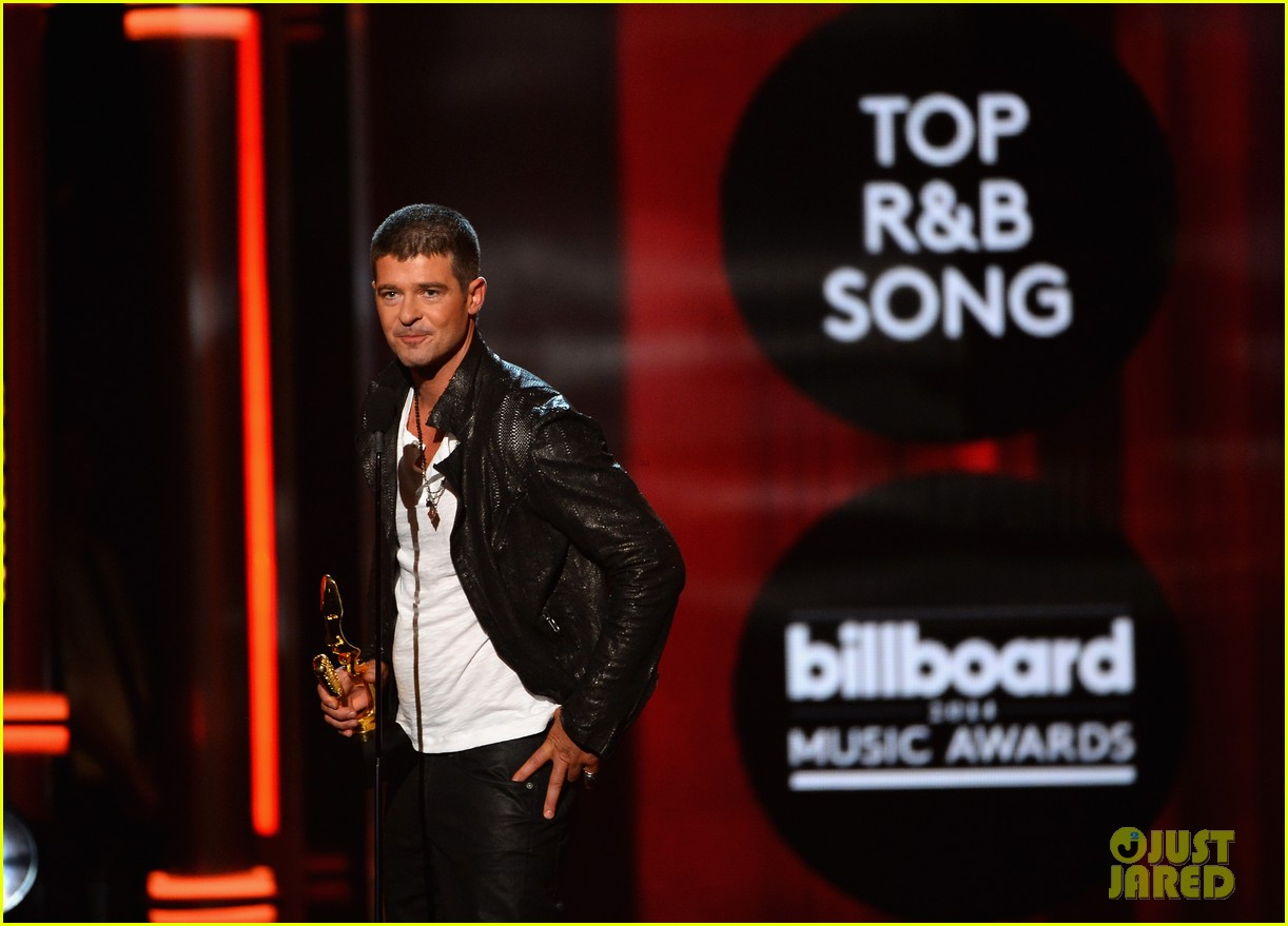 robin thicke billboard music awards 2014 01