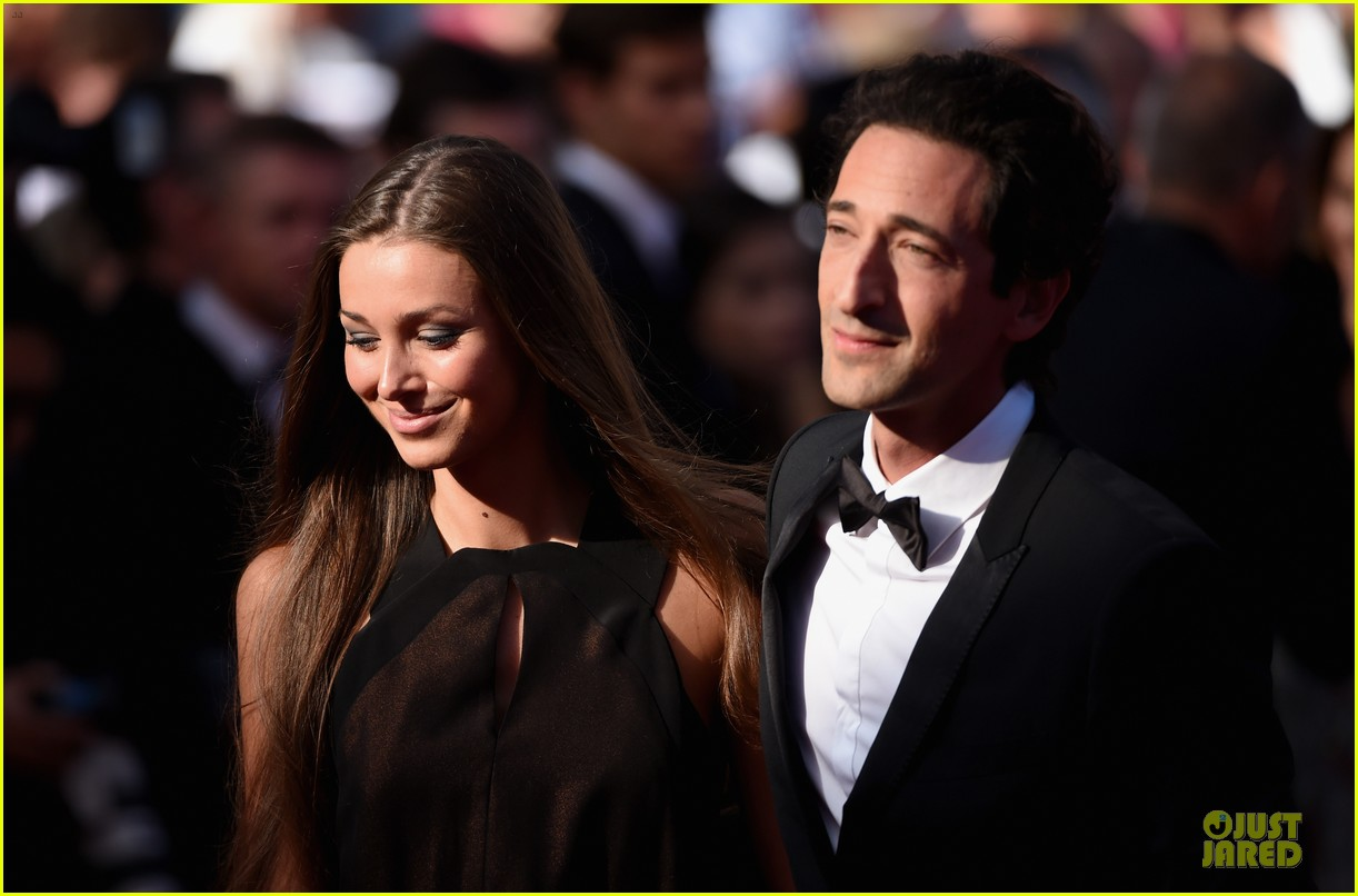 uma thurman adrien brody cannes closing ceremony 103121247