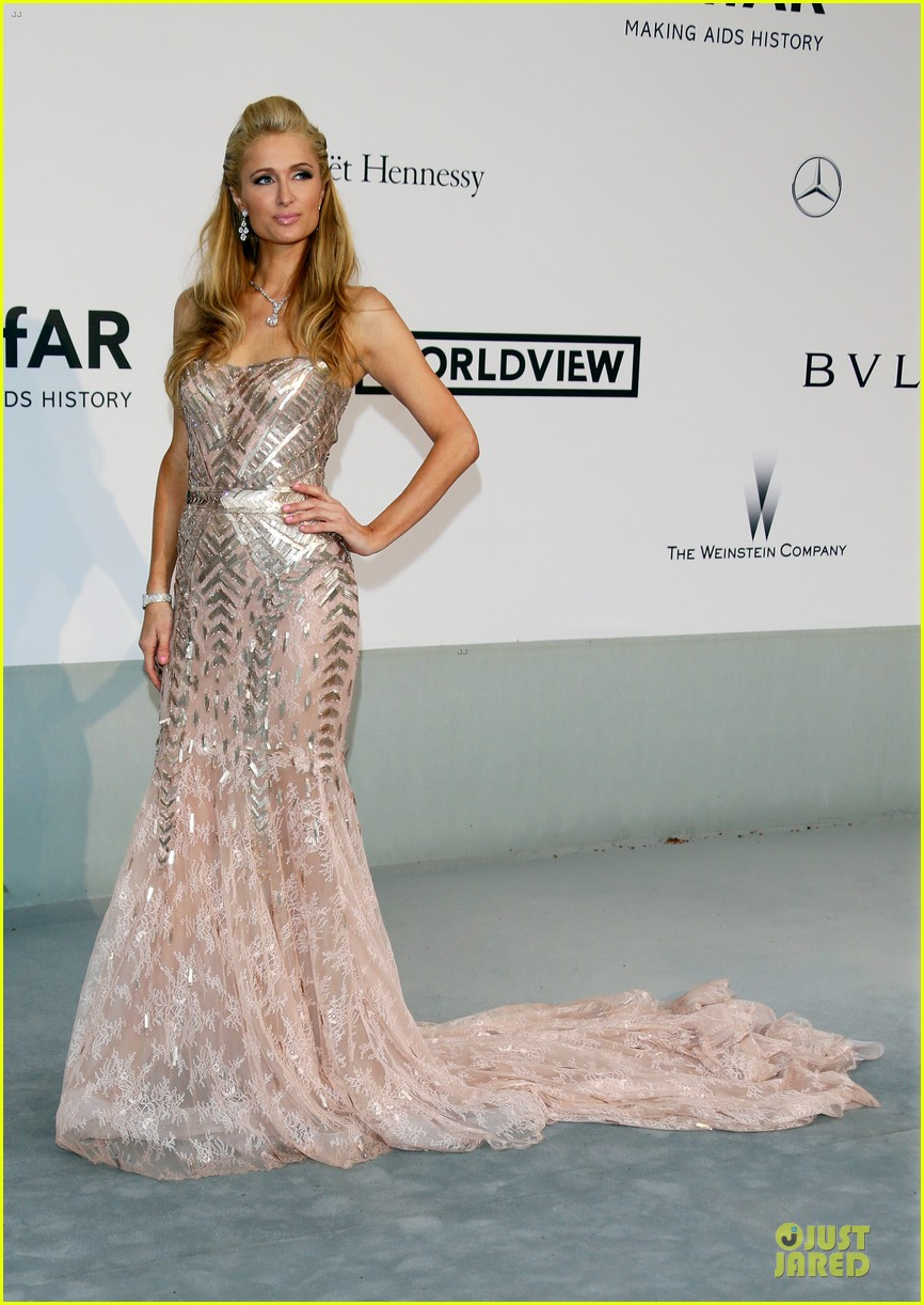 anne v high slit cannes amfar gala 03