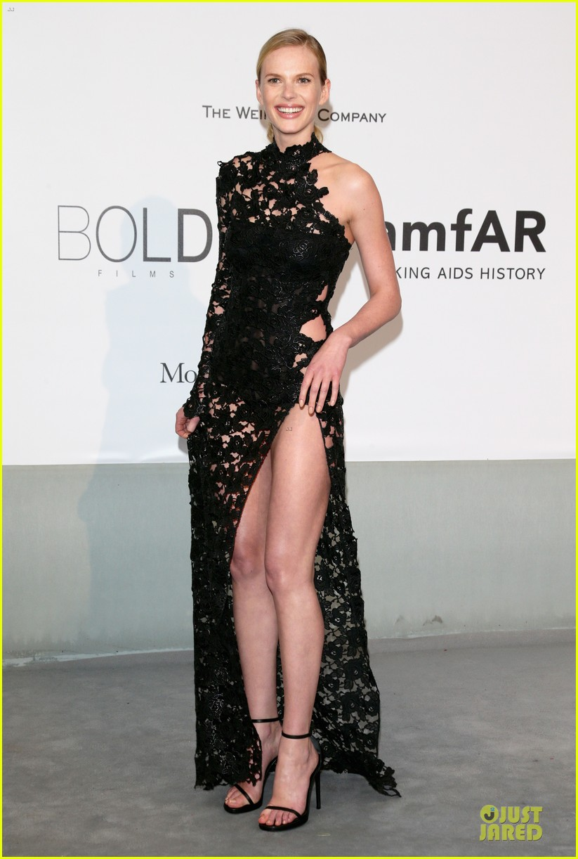 anne v high slit cannes amfar gala 113120119