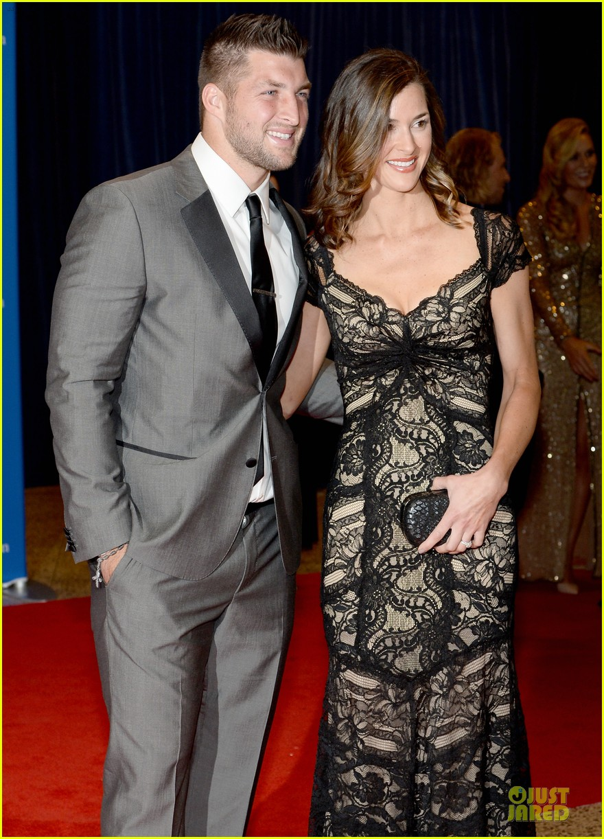 lindsay vonn tim tebow white house correspondents dinner 2014 02
