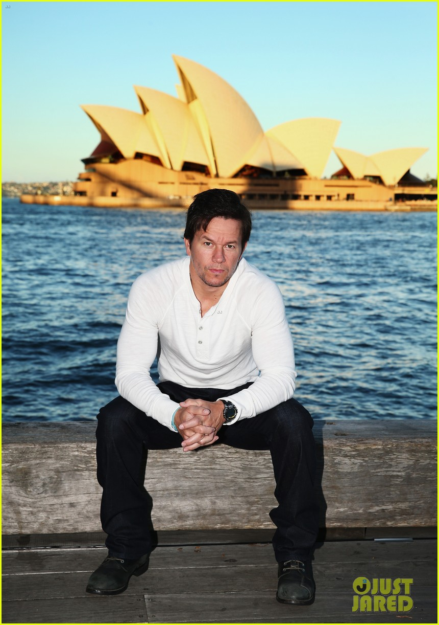mark wahlberg begins transformers 4 promo tour in sydney 02