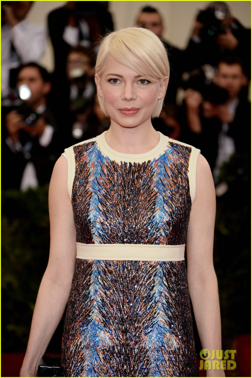 michelle williams spends her day off from broadway at the met ball 2014 04