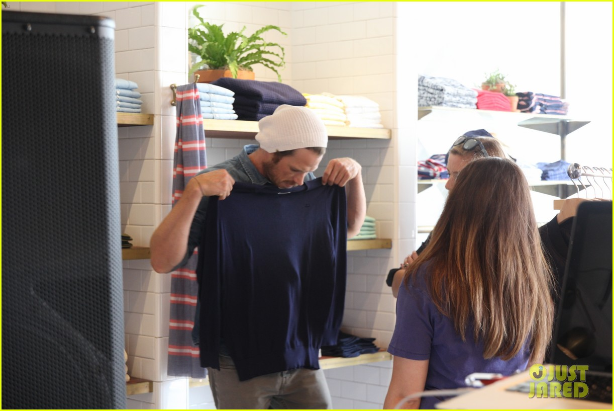 rumer willis checks out gants la brea store opening 10