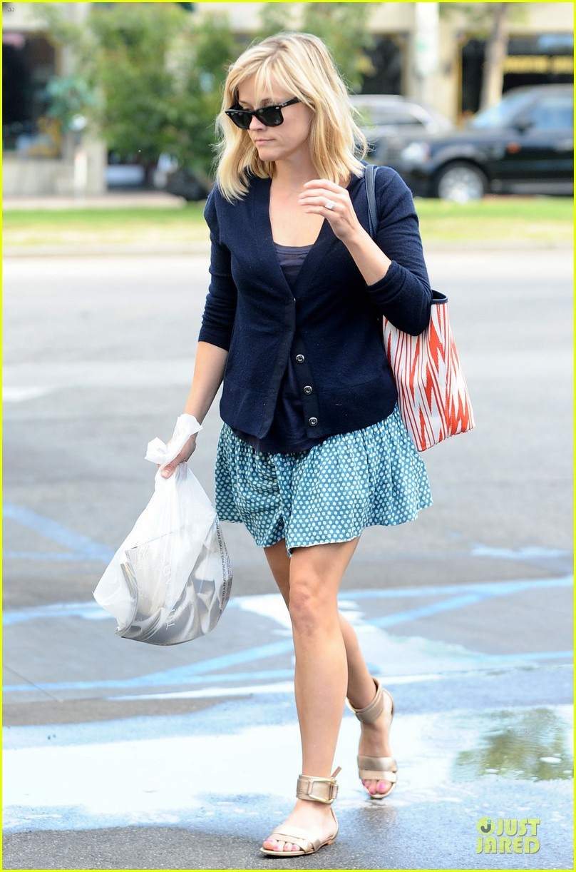 reese witherspoon time to bring back missing girls 043109973