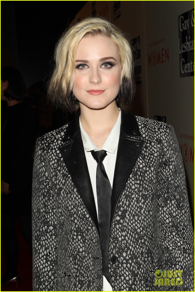 evan rachel wood evening with women performance videos 04