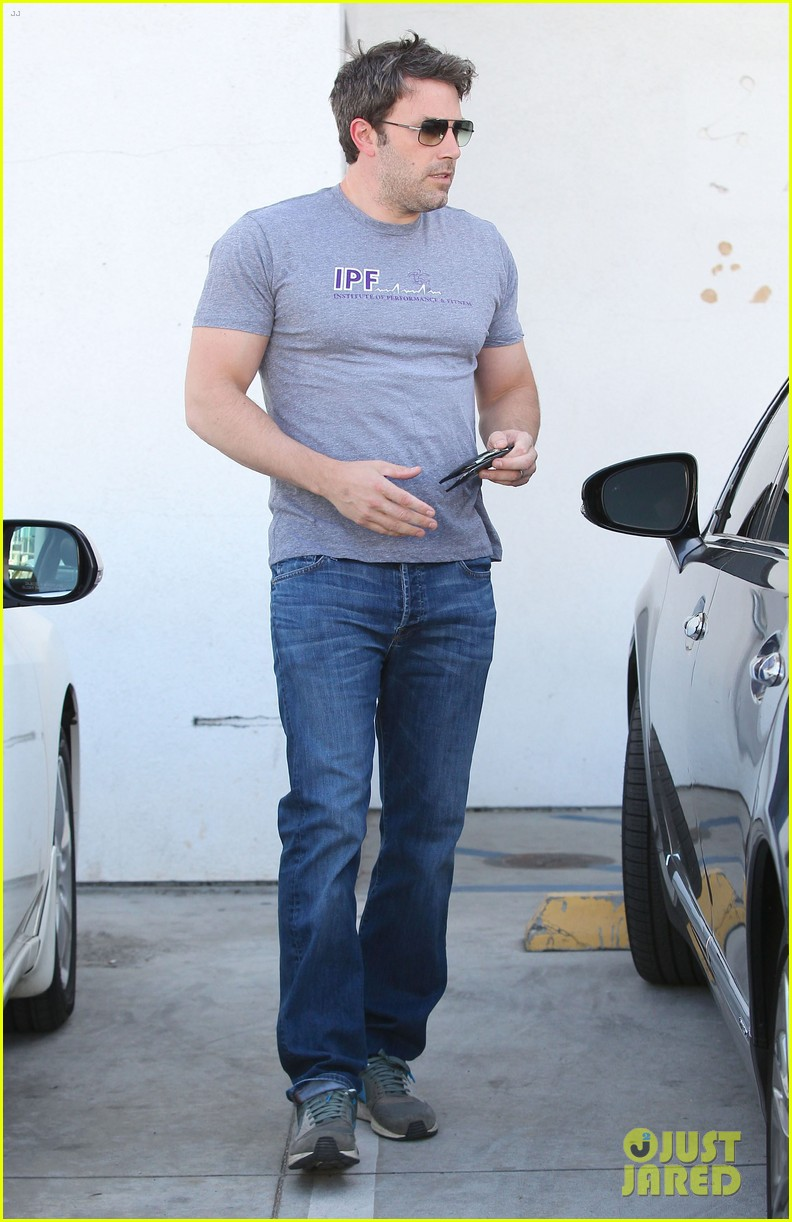 ben affleck bulked up for batman 053136159