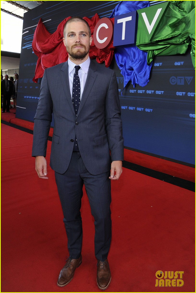 stephen amell chloe bennet hit canada for ctv upfront 2014 313129651