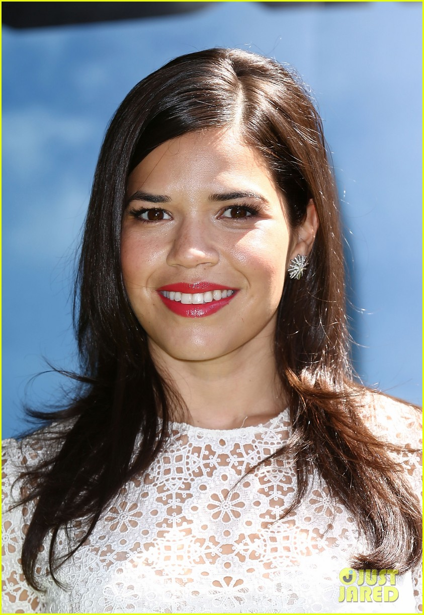 america ferrera how to train dragon 2 london 02