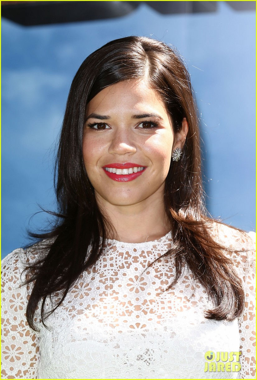 america ferrera how to train dragon 2 london 06