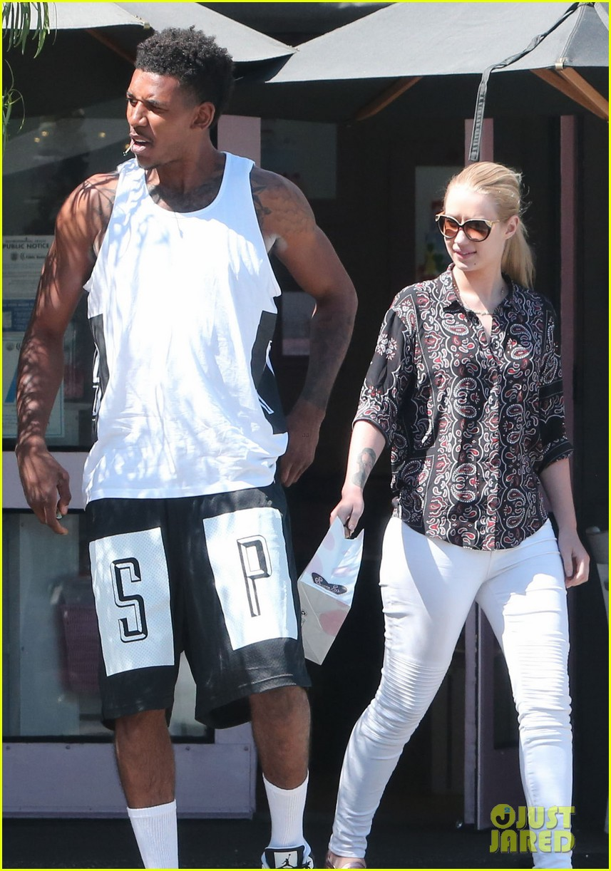 iggy azalea boyfriend nick young are one cute couple lunch 03