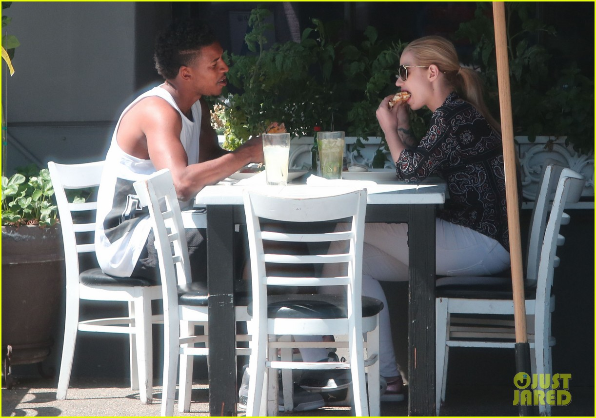 iggy azalea boyfriend nick young are one cute couple lunch 09