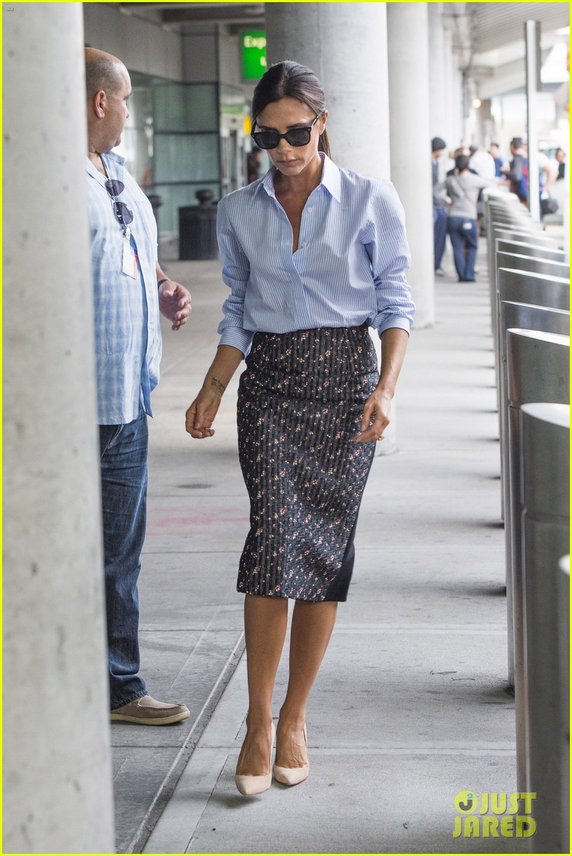 victoria beckham goes business chic for a flight 09
