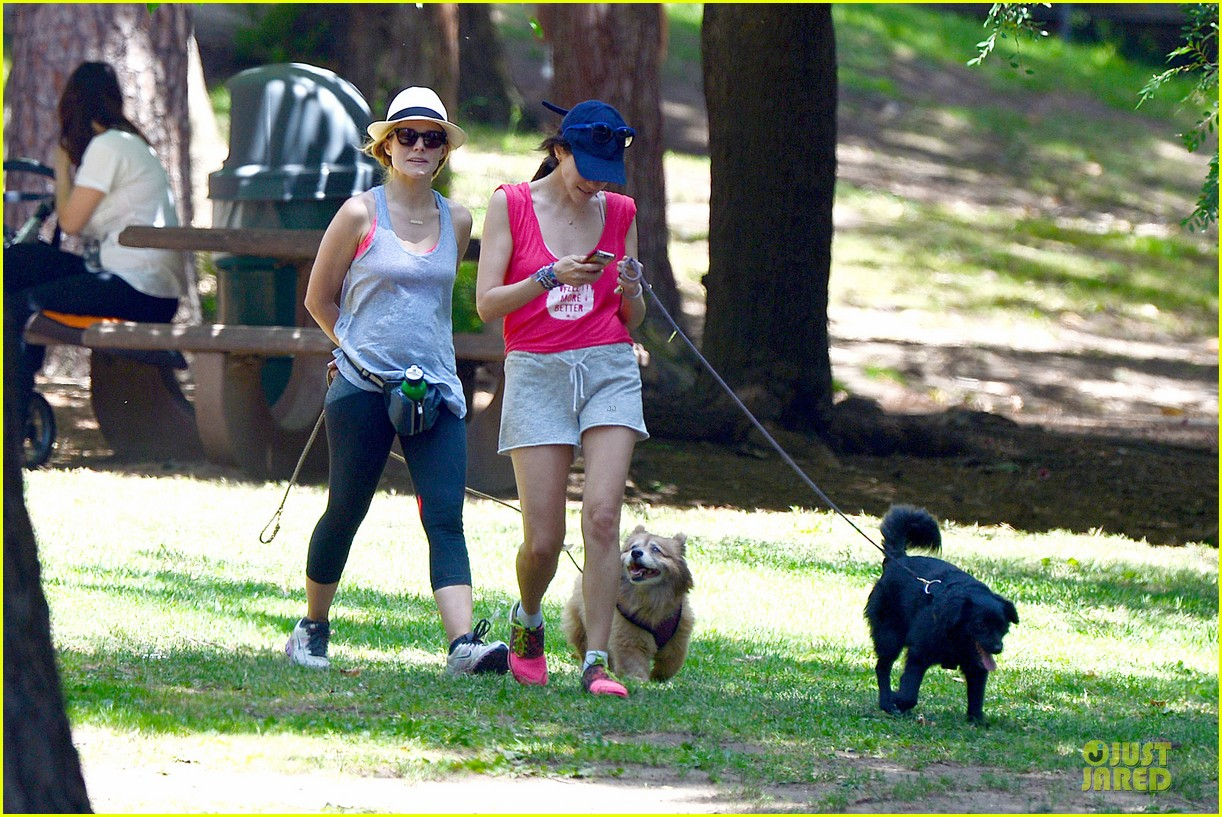 kristen bell gets new black dog 15