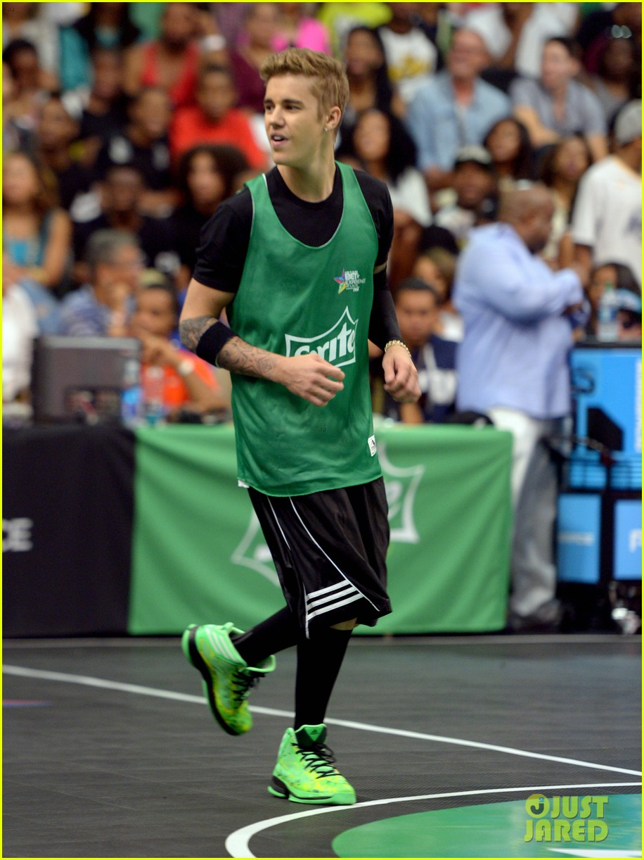 justin bieber chris brown bet celeb basketball game 123145687