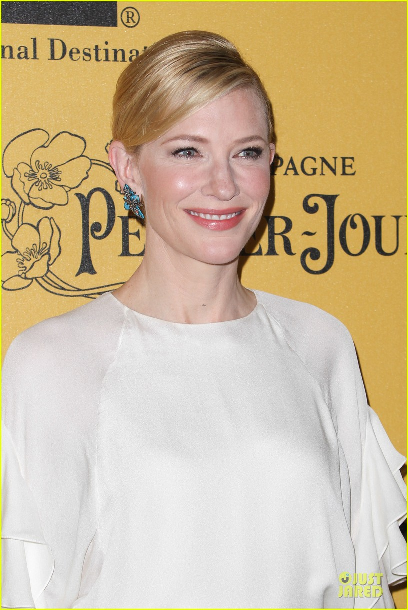 cate blanchett rose byrne honored at crystal lucy awards 12