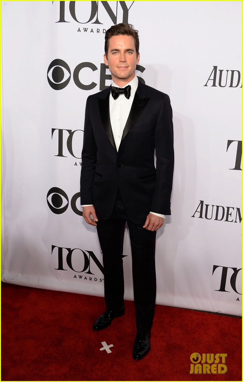 matt bomer zachary quinto tony awards 2014 red carpet 04