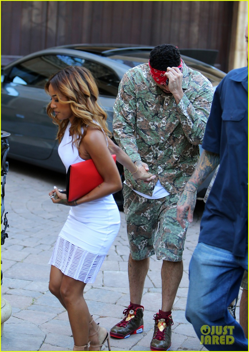 chris brown blindfolded by karreuche tran 043129355