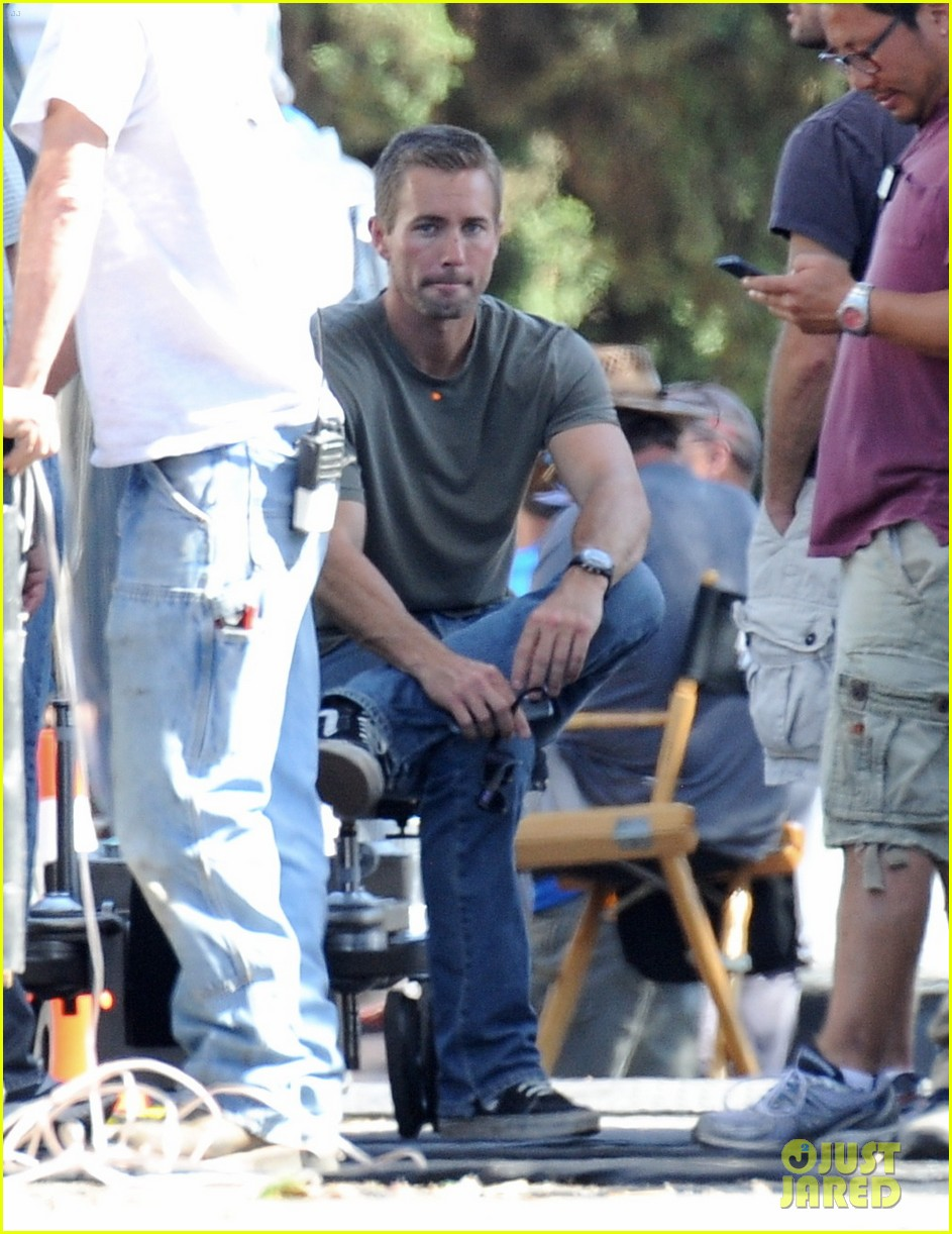paul walkers lookalike brother caleb walker continues work on fast furious 7 11