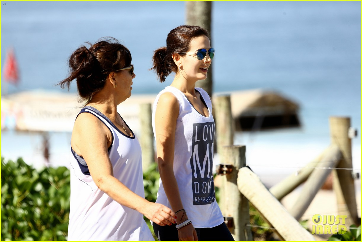 camilla belle coconut ipanema beach rio 28