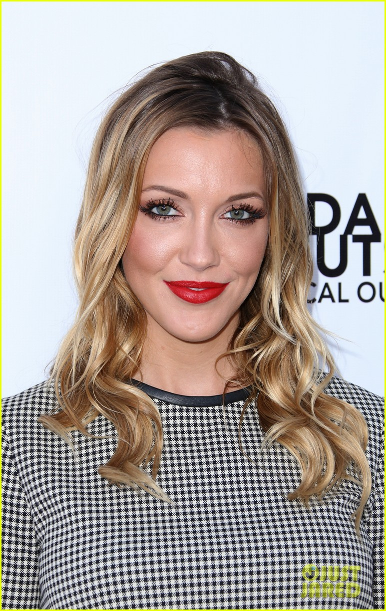 katie cassidy genlux magazine cover celebration bts 063146024