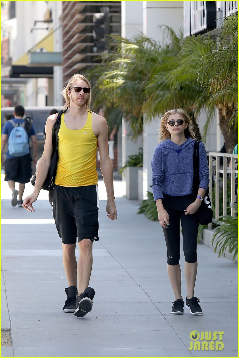 chloe moretz isnt in hollywood for parties red carpets 133125947