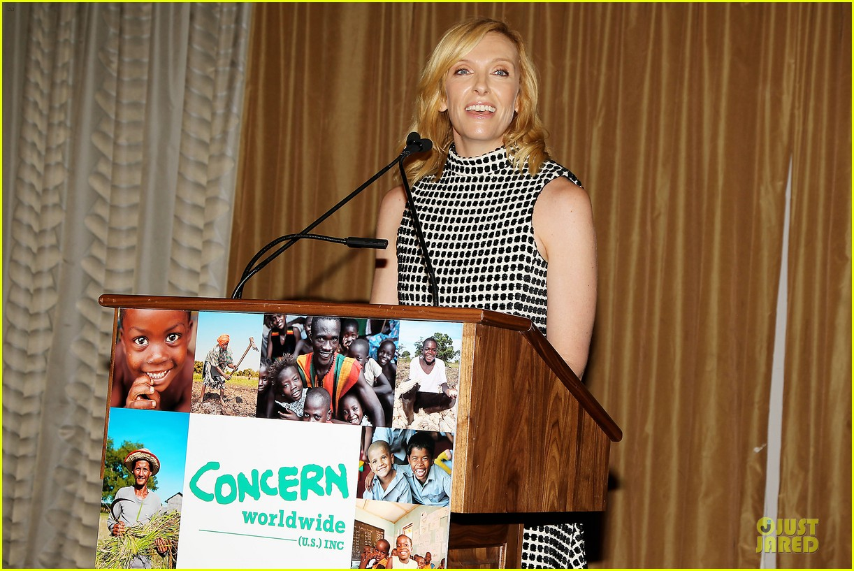 toni collette gets honored at women of concern awards 04