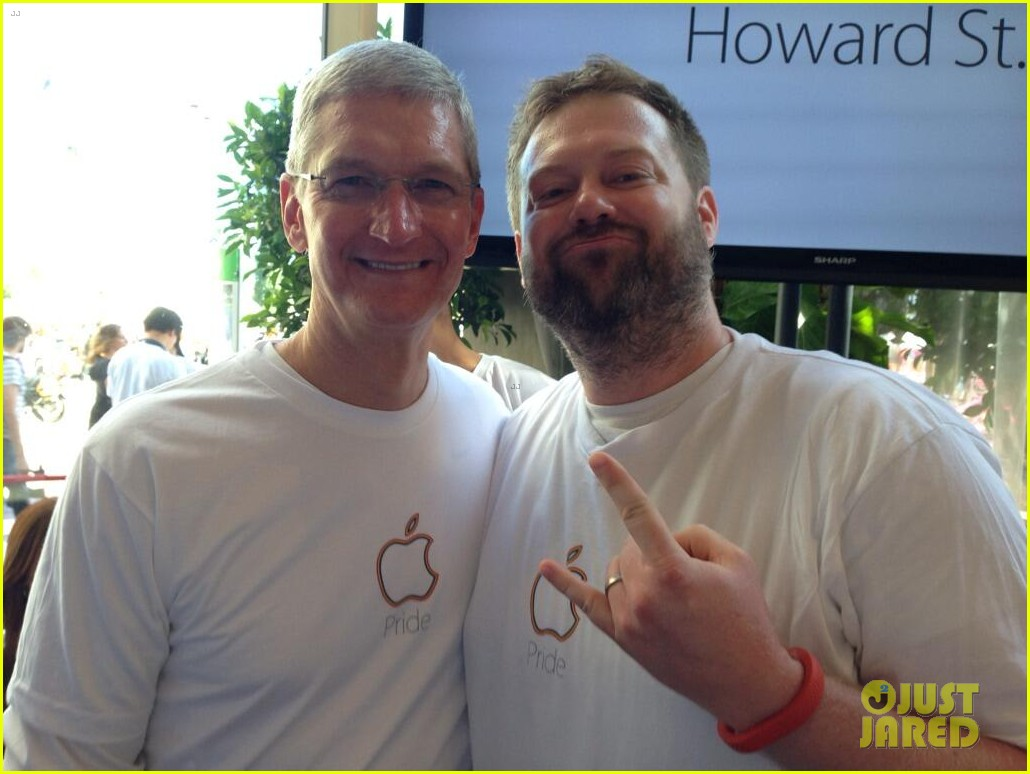 tim cook attends pride event