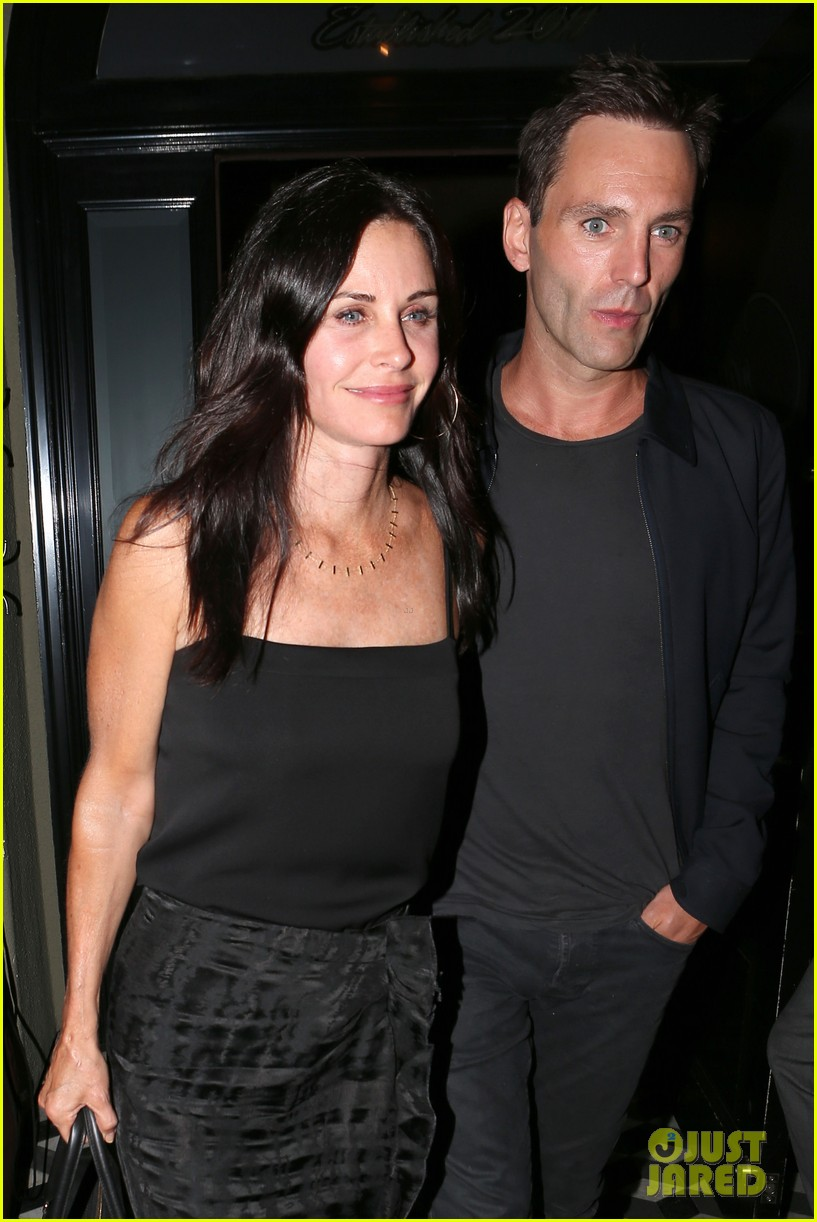 courteney cox johnny mcdaid go on lunch date dinner date 103144113