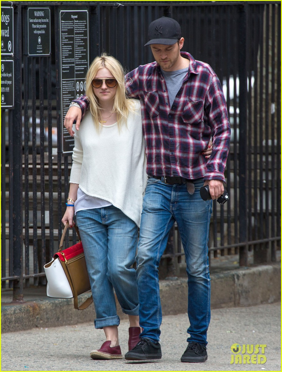 dakota fanning jamie strachan inseparable nyc 053139194