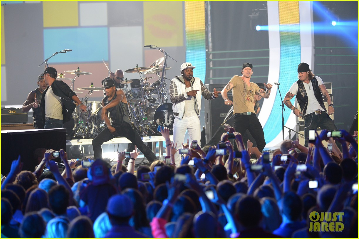 jason derulo cmt music awards 2014 10