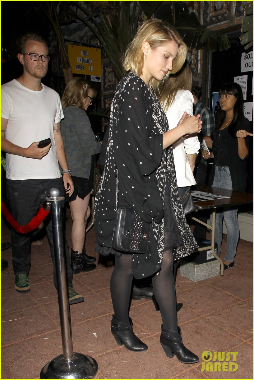 dianna agron jack white concert mystery man 08