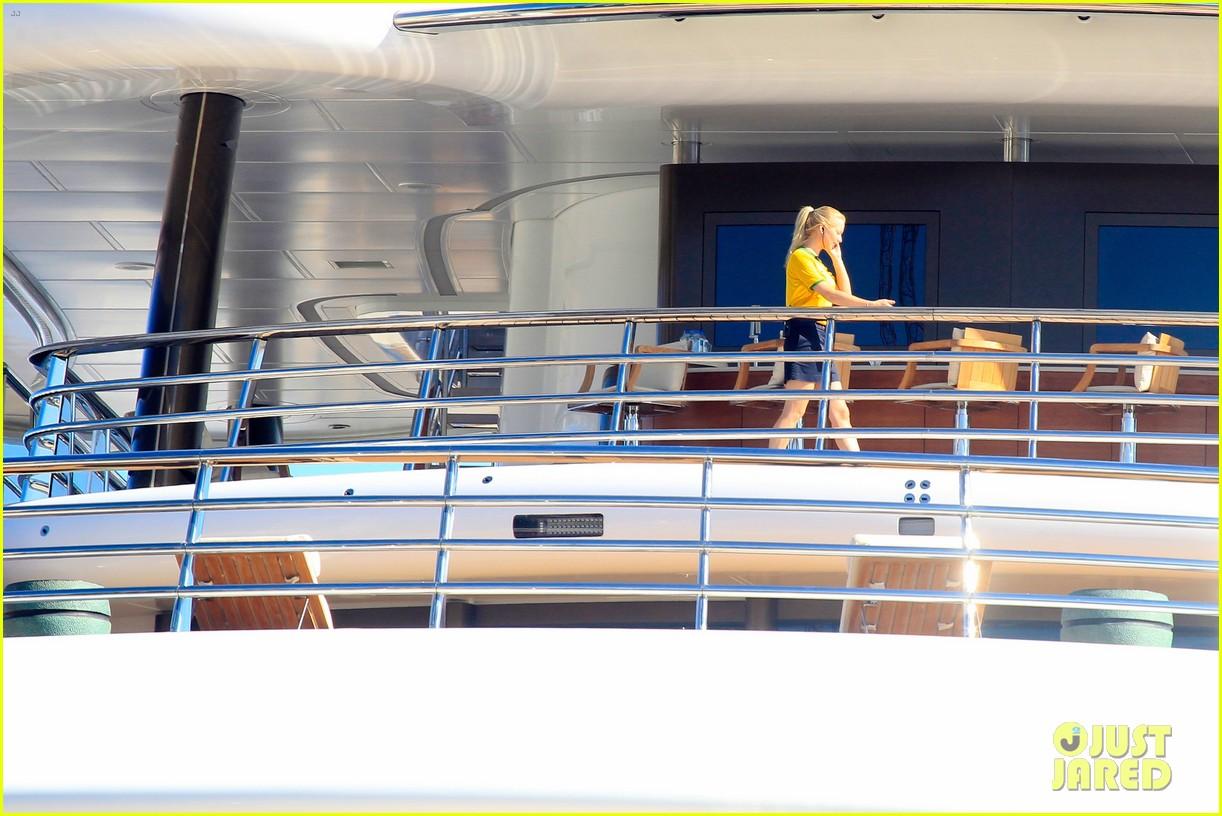 leonardo dicaprio luxury yacht world cup 13